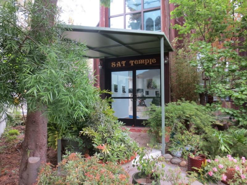 SAT Temple Entrance